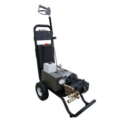 RS3000XAR Pressure Washer, Image of RhinoSpray High Pressure Screen Cleaner RS3000XAR